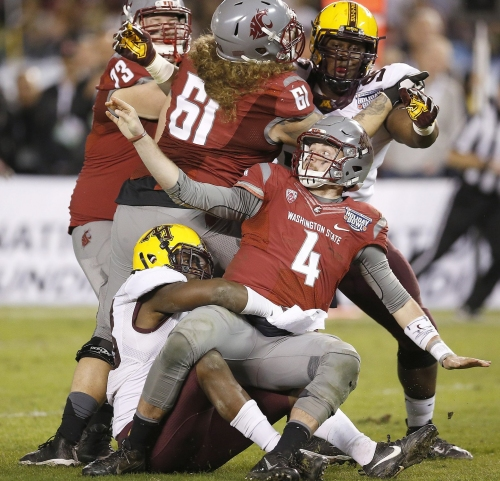 One member of the WSU coaching staff can now say he won the 2016 Holiday Bowl: DL coach Jeff Phelps