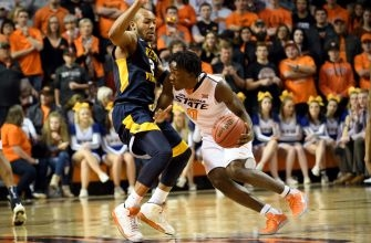 Oklahoma State Basketball: Cowboys can pull off huge upset against West Virginia