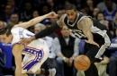 Leonard scores 32, Spurs beat Sixers 111-103