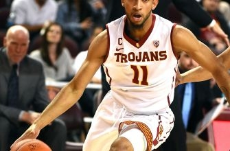 Oregon Ducks Face Third Twenty Win Team In USC Trojans