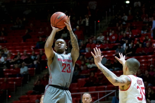 Cougar Basketball looks for sweep of Colorado