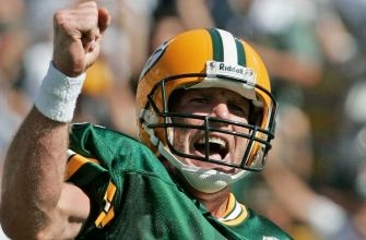 Brett Favre says his first Super Bowl jersey went missing just like Tom Brady's