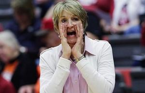 Washington State women lose to last-place Arizona
