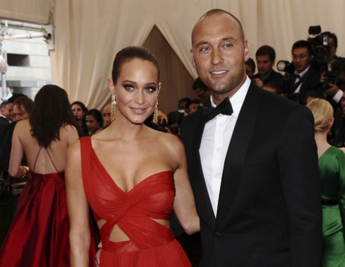 Baby bomber: Derek Jeter's wife, Hannah, announces pregnancy The Associated Press