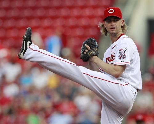Reds make Bronson Arroyo deal official, claim RHP from Pirates