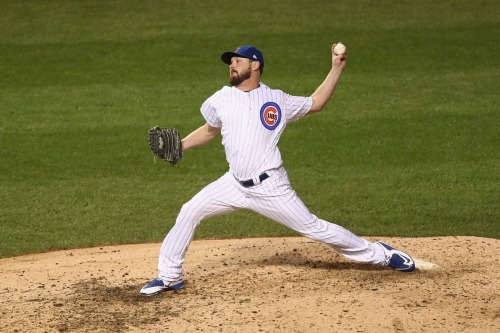 Royals sign Travis Wood to 2-year, $12 million deal