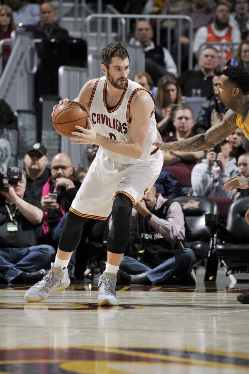 Cavaliers' Kevin Love out 6 weeks following knee surgery The Associated Press