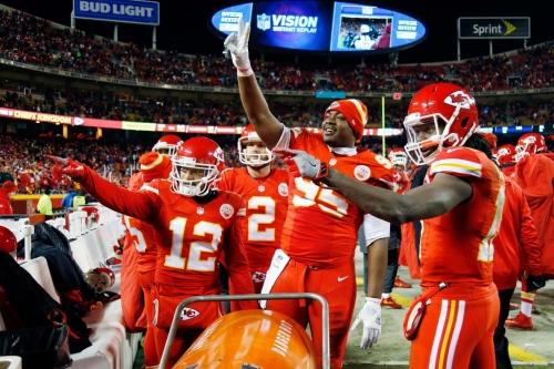 Arrowheadlines: Chiefs-Patriots opener odds, AFC West rookie grades