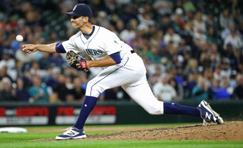 Cishek, Zych will be limited in participation when Mariners pitchers and catchers begin workouts