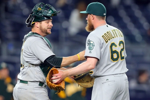 Oakland A's pitchers and catchers report to 2017 spring training!