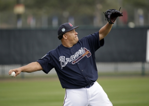 Braves start spring with 3 new pitchers, new outlook The Associated Press