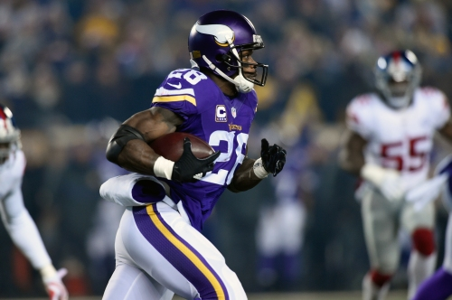 Adrian Peterson paying close attention to Giants' offseason moves