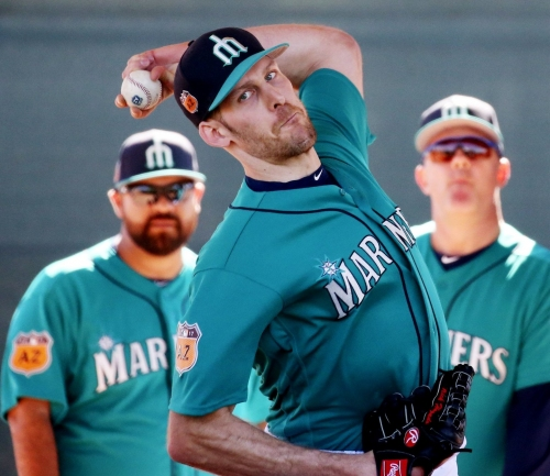 Can a healthy Nick Hagadone win a spot in the Mariners' bullpen?