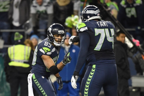 How Seahawks offensive starters rank at their positions in 2017 salary