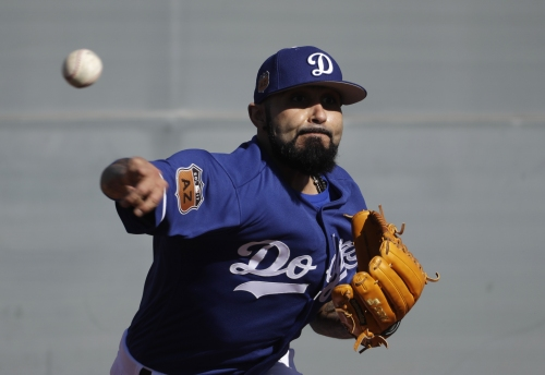 Sergio Romo happy to finally be in Dodger blue