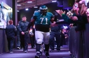 Eagles should keep Jason Peters, Jason Kelce and offensive line together in 2017