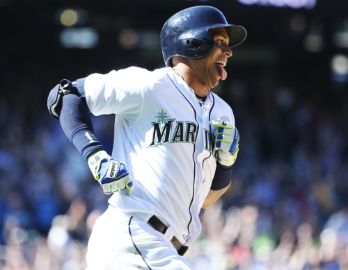 Leonys Martin will report late to Mariners spring training for personal reasons
