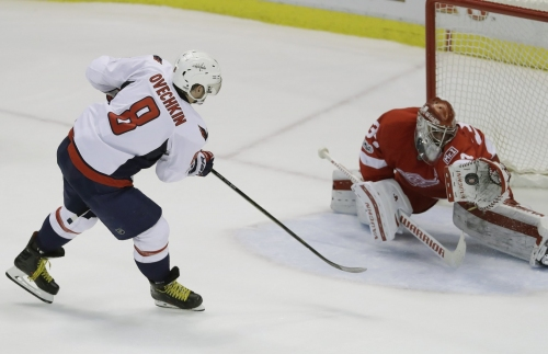 Petr Mrazek continues mastery of Alex Ovechkin in Red Wings' shootout win