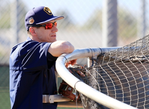 Camp report: Brewers hold workout between rain showers