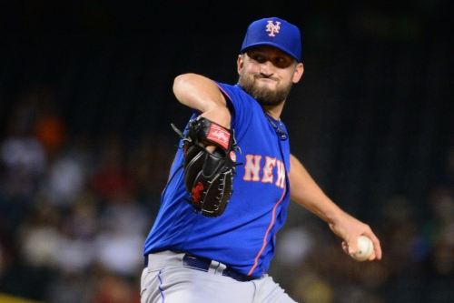 Yankees sign Jon Niese to minor-league deal