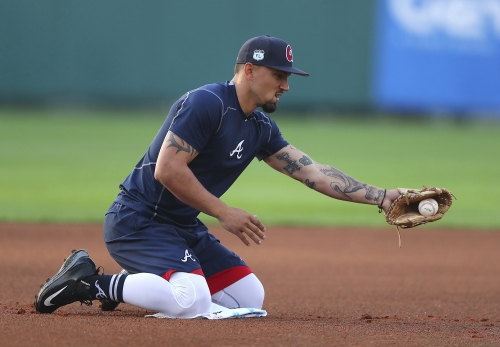 Braves' Peterson looks only at the positives of multi-position role