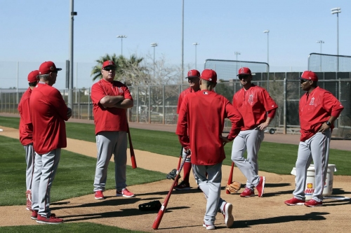 Watch the Angels first full squad workout in Tempe, LIVE!