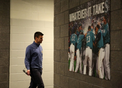 Mariners discuss the mantra of 'Whatever It Takes' for the 2017 season