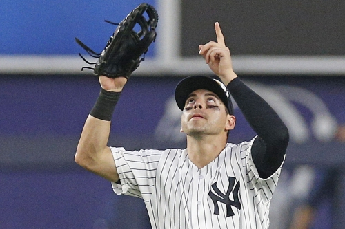 Jacoby Ellsbury's baby arrives, and then he does