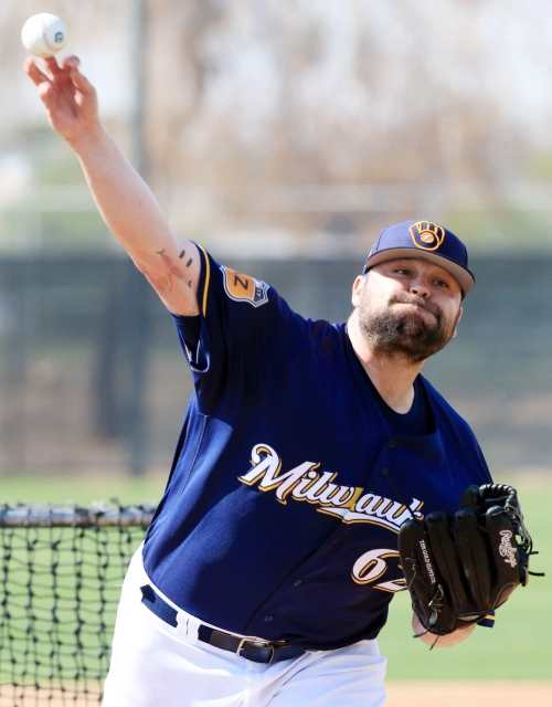Notes: Brewers right-hander Joba Chamberlain works to fit in, on and off the field