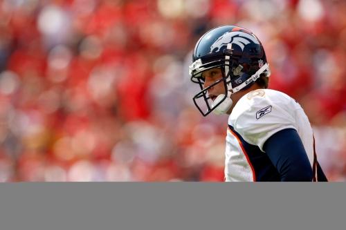Free-agent 3-4 DE Earl Mitchell visits Broncos