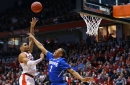 Bearcats avoid collapse, beat Memphis 87-74
