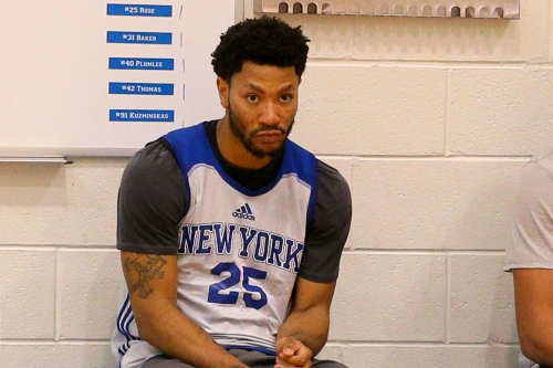 Derrick Rose grumbles about Knicks offense