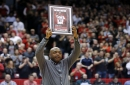 Nick Van Exel thanks fans, UC after being honored