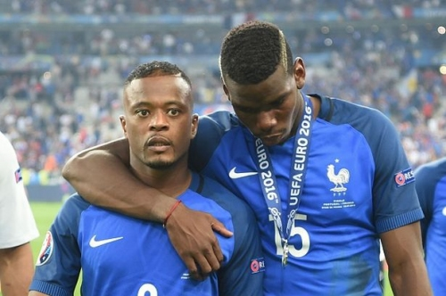 Patrice Evra claims Manchester United mystery man blocked his return