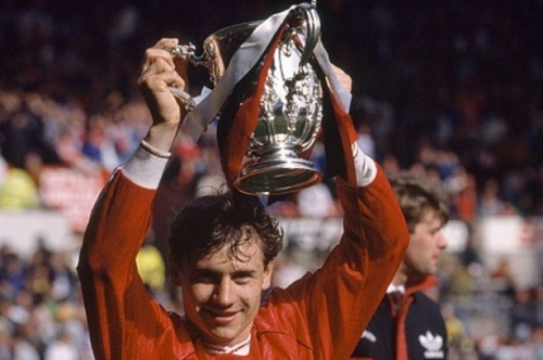 Andrei Kanchelskis explains why Manchester United will win EFL Cup final vs Southampton
