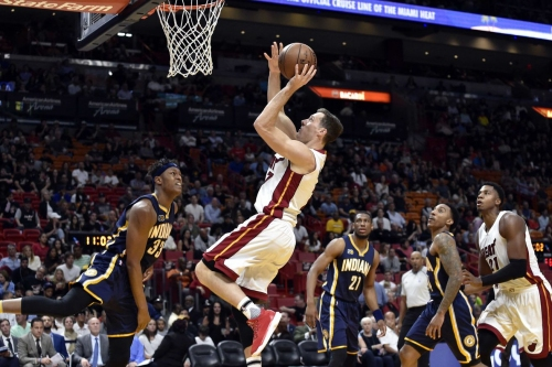 Heat dominate second half, blow out Pacers