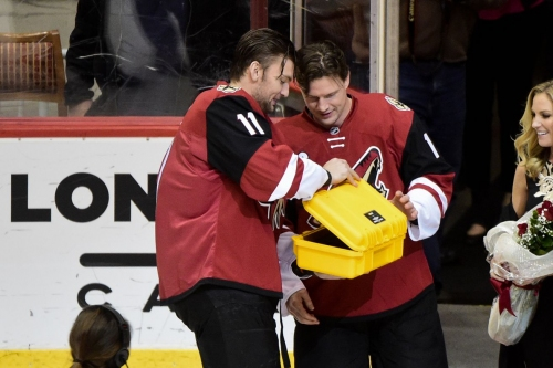 NHL Trade Deadline 2017: Martin Hanzal trade leaves few veteran voices in the Arizona Coyotes' locker room