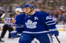 Maple Leafs' Bozak has scary incident with hand