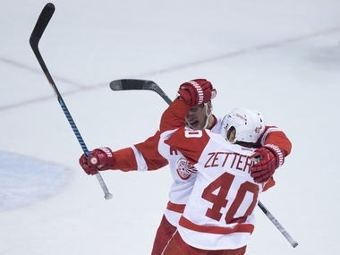 Watch highlights of Red Wings' 3-2 overtime win in Vancouver