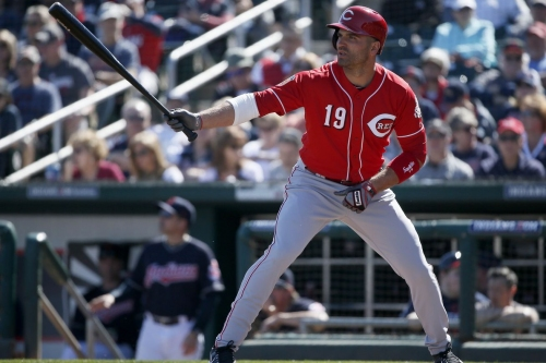 Reds pound Royals to win 5th straight Cactus League game