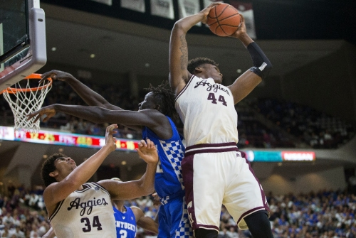 Robert Williams leads Texas A&M's All-SEC honorees with Defensive Player of the Year award