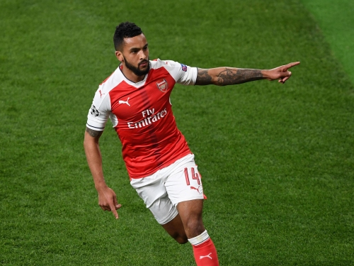 Theo Walcott issues rallying cry to Arsenal teammates after Alexis Sanchez saga: 'We can't be fighting each other'