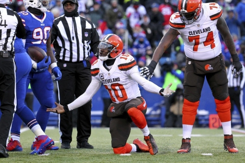 Glennon gets Bears job, RG3 gets walking papers The Associated Press