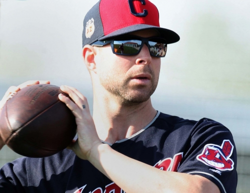 Forget the Cleveland Indians, how does Cleveland Cats sound? Hey, Hoynsie