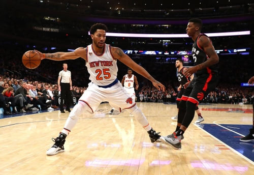 Derrick Rose says Phil promises more triangle seminars for Knicks