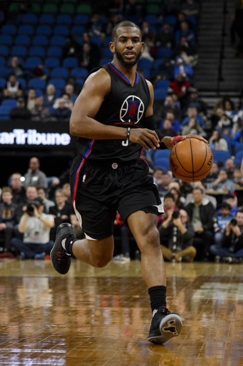 Paul powers Clippers to 112-100 victory over 76ers The Associated Press