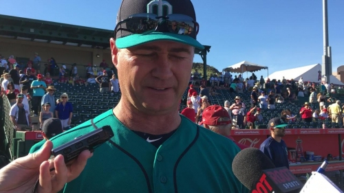 Mariners pitchers struggle in a 9-2 loss to the Angels