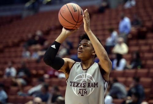 5 reasons Texas A&M will make the 2018 NCAA Tournament, including a potential star in the making