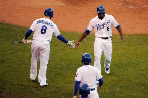 MLB trade rumors: Mets eyeing Royals' Lorenzo Cain, Mike Moustakas?