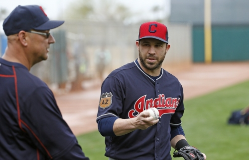 Cleveland Indians' Jason Kipnis will get second opinion on his right shoulder